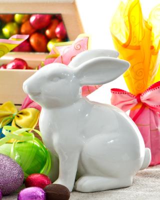 Porcelain Easter hares - Obrázkek zdarma pro Nokia Asha 308