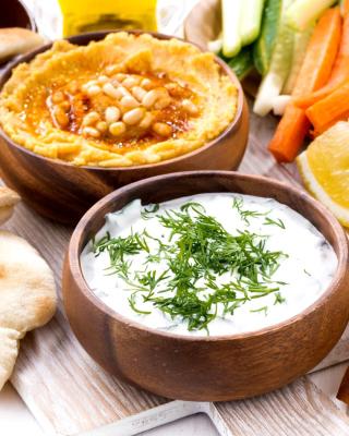 Hummus and Carrot for Veggies - Obrázkek zdarma pro 768x1280