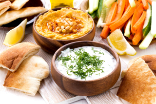 Free Hummus and Carrot for Veggies Picture for Android, iPhone and iPad