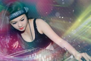 Asian Dj Girl - Obrázkek zdarma pro Samsung Galaxy Tab 4 7.0 LTE