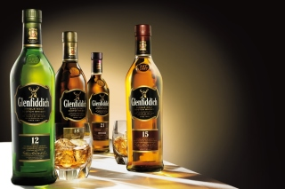 Glenfiddich special reserve 12 yo single malt scotch whiskey - Obrázkek zdarma pro Fullscreen Desktop 1024x768