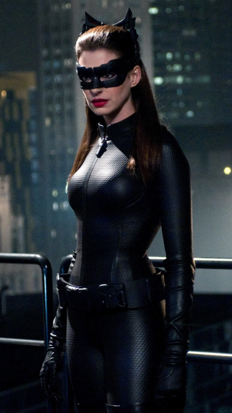 Девушка из бэтмена фото