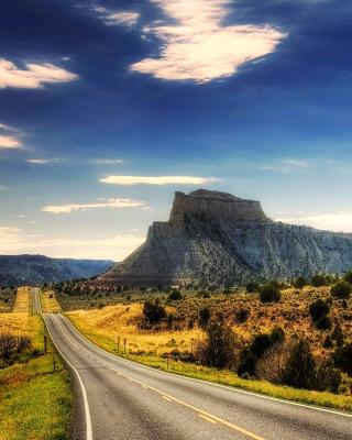 Landscape with great Rock - Obrázkek zdarma pro Nokia X3-02
