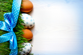 Easter Eggs Polka Dot Picture for Android, iPhone and iPad
