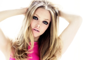 Amanda Seyfried Blondie Picture for Android, iPhone and iPad