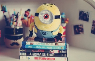Free Despicable Me Toy Picture for Android, iPhone and iPad