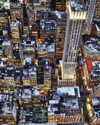 Big City Lights - Obrázkek zdarma pro Nokia Asha 311