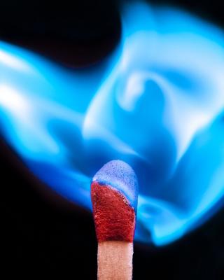 Blue flame match - Obrázkek zdarma pro Nokia Lumia 925