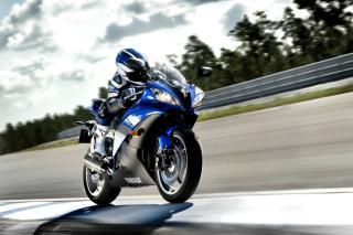 Yamaha R6 Superbike - Obrázkek zdarma pro Samsung Galaxy Tab 3 10.1