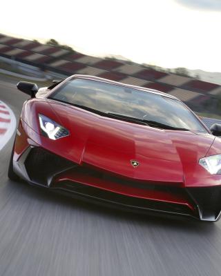 Lamborghini Aventador LP 750 4 Superveloce - Obrázkek zdarma pro Nokia C2-05