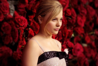 Chloe Moretz Background for Android, iPhone and iPad