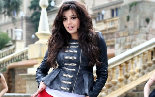 Dream Girl Kajal Background for Android, iPhone and iPad