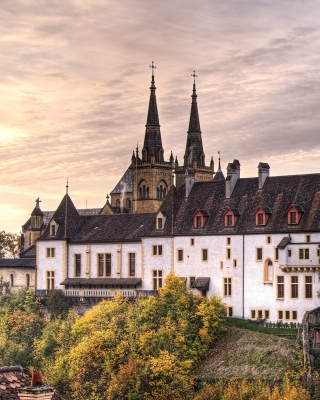 Neuchatel, Switzerland Castle - Obrázkek zdarma pro Nokia C2-00