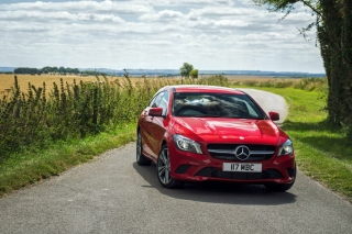 Mercedes Benz C63 AMG sfondi gratuiti per cellulari Android, iPhone, iPad e desktop
