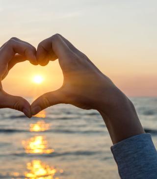Love Sunset - Obrázkek zdarma pro iPhone 6 Plus