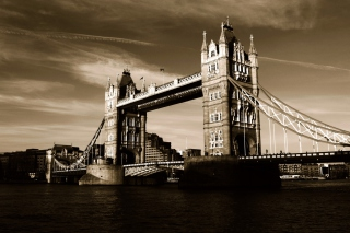Tower Bridge in London Picture for Android, iPhone and iPad