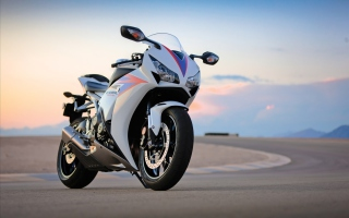 Honda Cbr Bike Picture for Android, iPhone and iPad