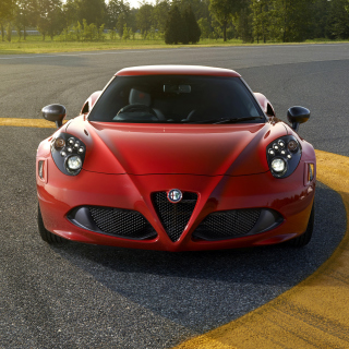 Alfa Romeo 4C Front View - Obrázkek zdarma pro 320x320