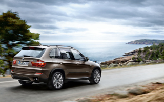BMW X5 Wallpaper for Android, iPhone and iPad