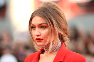 Gigi Hadid Super Model - Obrázkek zdarma pro Nokia C3