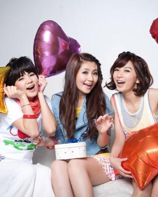 Selina Jen from SHE Taiwanese Mandopop Girl Group - Obrázkek zdarma pro 768x1280