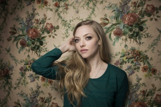 Amanda Seyfried Background for Android, iPhone and iPad