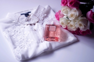 Chanel Coco Mademoiselle Background for Android, iPhone and iPad