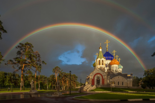 The Church of St. Igor of Chernigov in Peredelkino Background for Android, iPhone and iPad