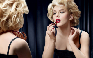 Free Scarlett Johansson Red Lipstick Picture for Android, iPhone and iPad