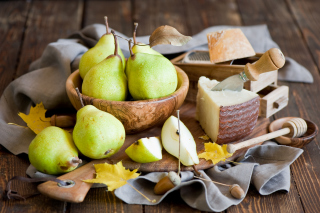 Free Pears And Cheese Picture for Android, iPhone and iPad