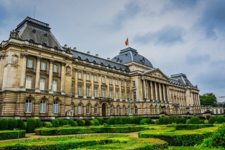 Royal Palace of Brussels Background for Android, iPhone and iPad