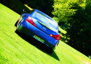 Infiniti G37 Picture for Android, iPhone and iPad