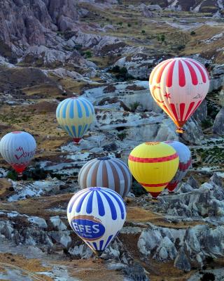Hot air ballooning Cappadocia - Obrázkek zdarma pro iPhone 4
