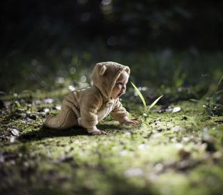 Cute Baby Crawling - Obrázkek zdarma pro iPad