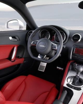 Audi TT 3 2 Quattro Interior - Obrázkek zdarma pro Nokia C-5 5MP