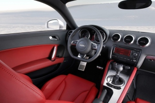 Audi TT 3 2 Quattro Interior - Obrázkek zdarma pro LG P970 Optimus