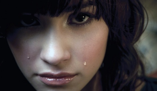 Crying Picture for Android, iPhone and iPad