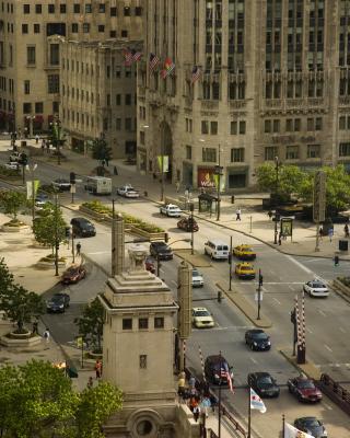 Chicago Street - Obrázkek zdarma pro iPhone 4S
