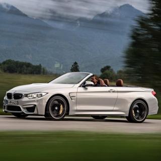 BMW M4 Convertible - Obrázkek zdarma pro iPad