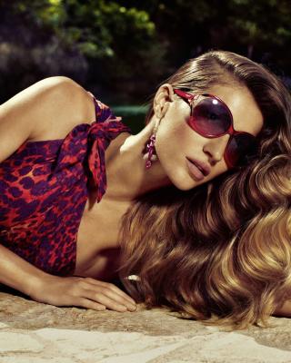 Gisele Bundchen Salvatore Ferragamo Ads - Obrázkek zdarma pro Nokia Asha 203