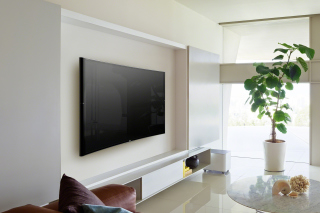 Sony Bravia S90 Curved 4K TV Picture for Android, iPhone and iPad
