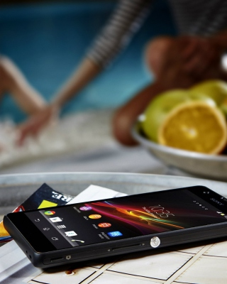 Sony Xperia ZR - Obrázkek zdarma pro iPhone 5