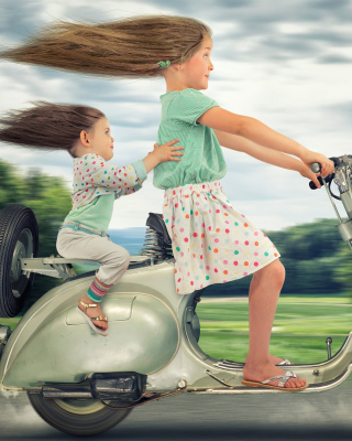 Funny kids on bike - Obrázkek zdarma pro Nokia Asha 308