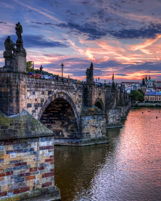 Charles Bridge in Prague - Obrázkek zdarma pro Nokia Asha 503