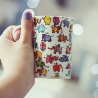 Funny Mug With Elephants - Obrázkek zdarma pro 1024x1024