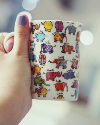 Funny Mug With Elephants - Obrázkek zdarma pro Nokia Lumia 625