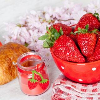 Strawberry, jam and croissant - Obrázkek zdarma pro iPad Air