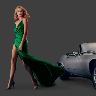 Charlize Theron in Car Advertising - Obrázkek zdarma pro iPad mini 2