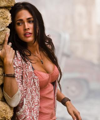 Megan Fox Actress - Obrázkek zdarma pro Nokia C2-00