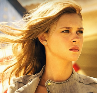 Nicola Peltz In Transformers 4 - Obrázkek zdarma pro iPad 3